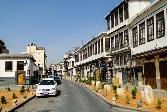 """""""الشارع المستقيم"""" يروي تاريخ دمشق الفيحاء عبر العصور"""